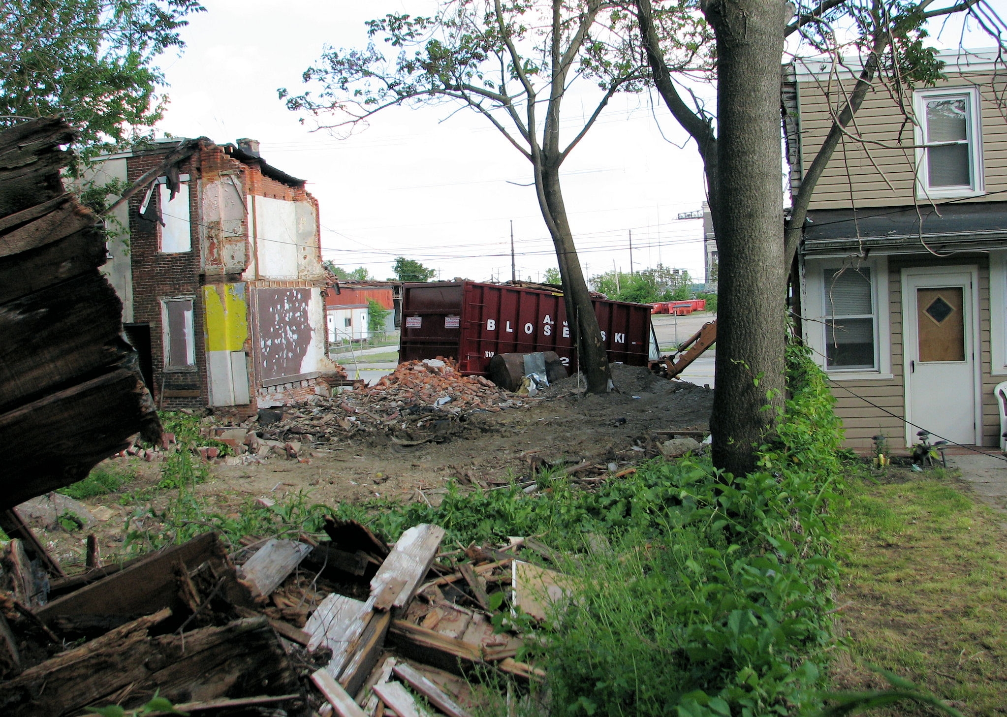 City Council takes first step in getting tougher on neighborhood blight