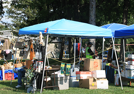 Sharon Hill hosts flea market