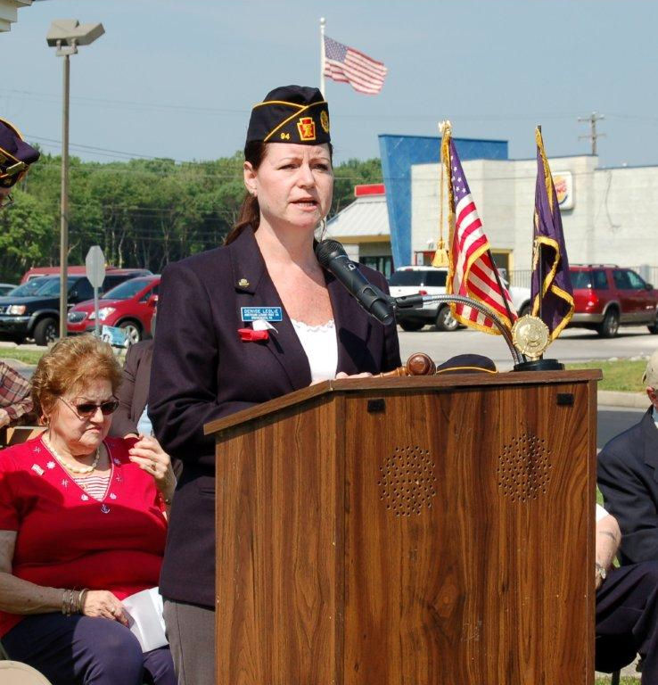 Brookhaven Councilwoman Denise Leslie led the Pledge of Allegiance at the Brookhaven Memorial Day event.